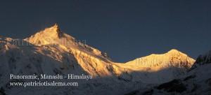 Panoramic del Mt. Manaslu 8.167m, Himalaya - Nepal