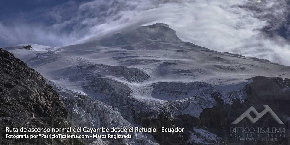 Vista de la ruta normal de ascenso desde el Refugio