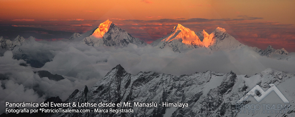 Panoramic from Everest & Lothse from el Mt. Manaslú in Himalaya - Nepal